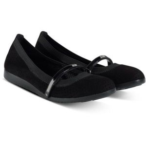COLE HAAN GILMORE MARY JANE STRETCH FLATS